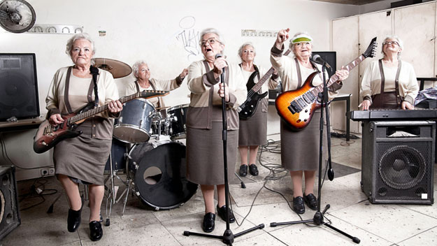 old-ladies-in-a-rock-band