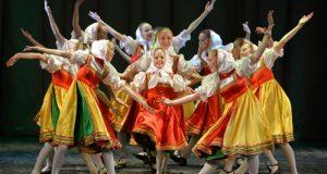 21 октября  Образцовый ансамбль танца «Самоцветы» с Юбилейной программой «4:0 в нашу пользу!»