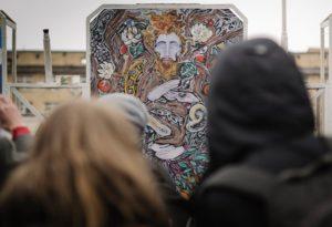«Флаг в руки»: как перезагрузить старый двор за 9 тысяч рублей